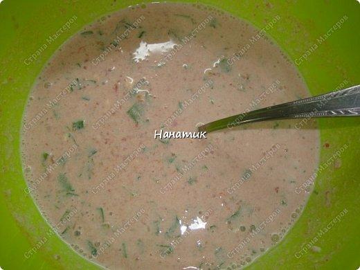 Добрый день! Делюсь еще одним рецептом. И вкусно и просто: Для фарша: -куриное филе 750г -хлеб несколько кусочков замочить в воде предварительно -2 луковицы среднего размера -2 зубчика чеснока -1 яйцо -соль по вкусу -мука для панировки Для подливы: -100г сметаны 20% жирность -томат (у меня домашний) примерно 400мл -зелень петрушки 50г -соль по вкусу -картофель 8-10 шт фото 9