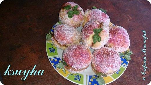 Воздушный фруктовый тортик и сладенькие песочные персики фото 7