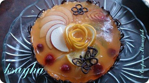Воздушный фруктовый тортик и сладенькие песочные персики фото 5