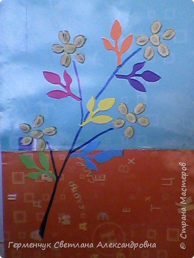 Аппликация из сухих листьев и цветов фото 3