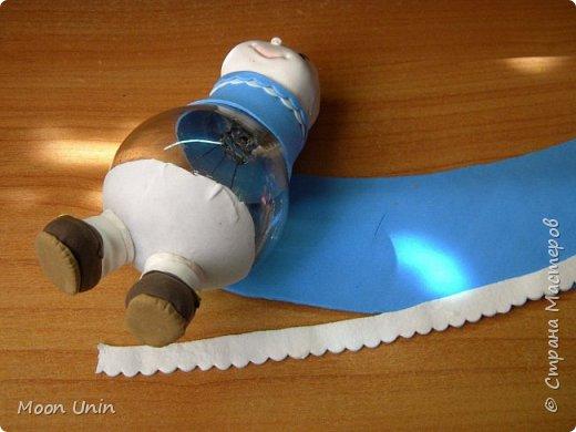 Куколка-толстушка из полимерной глины Modena на основе лампочки.  фото 10