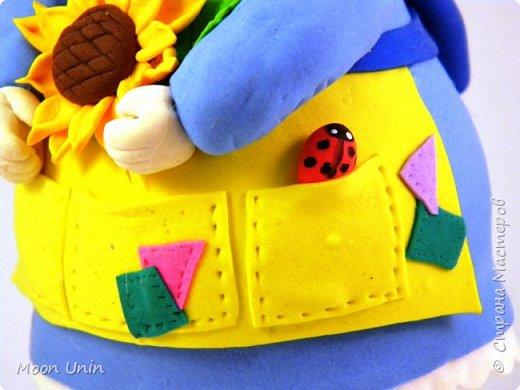 Куколка-толстушка из полимерной глины Modena на основе лампочки.  фото 15