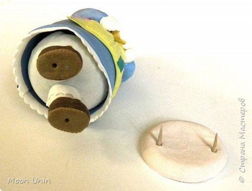 Куколка-толстушка из полимерной глины Modena на основе лампочки.  фото 11