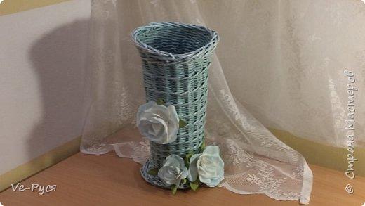 Ваза для цветов.... Украшена цветами из фоамирана..  фото 2
