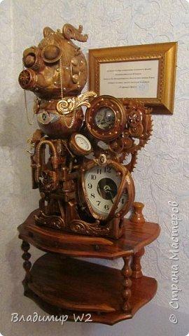 Таймпанк (англ. timepunk) — поджанр научной фантастики, моделирующий мир стоящий на каком-то ином технологическом уровне, что подразумевает иные законы социума. фото 16