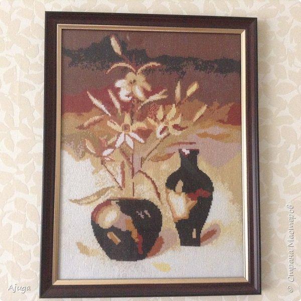Сегодня покажу картины с цветочными мотивами.Первая- подсолнухи.К сожалению фото загружаются ,, лёжа,,, а у меня они висят вертикально. фото 12