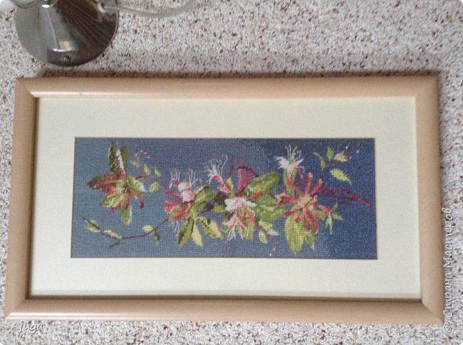 Сегодня покажу картины с цветочными мотивами.Первая- подсолнухи.К сожалению фото загружаются ,, лёжа,,, а у меня они висят вертикально. фото 3