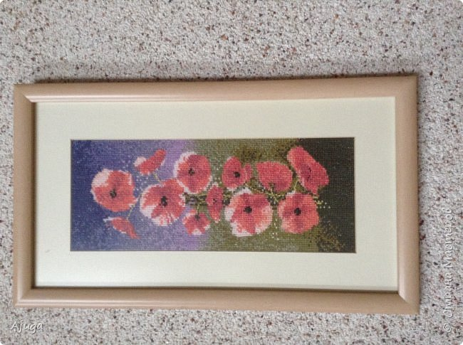 Сегодня покажу картины с цветочными мотивами.Первая- подсолнухи.К сожалению фото загружаются ,, лёжа,,, а у меня они висят вертикально. фото 4