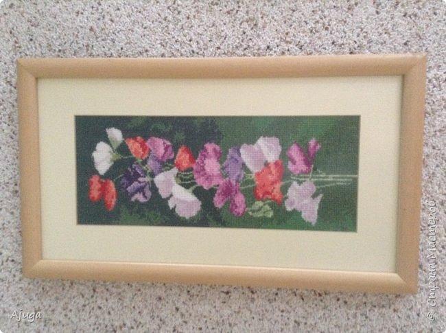 Сегодня покажу картины с цветочными мотивами.Первая- подсолнухи.К сожалению фото загружаются ,, лёжа,,, а у меня они висят вертикально. фото 6