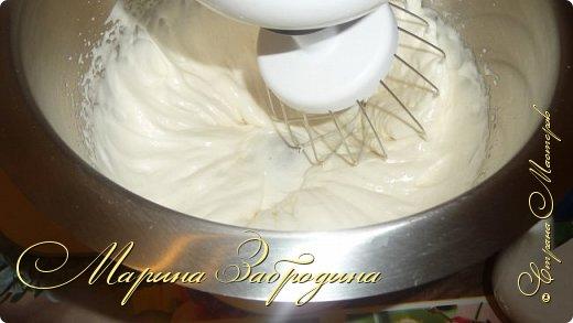Здравствуйте! Сегодня пишу рецепт домашних вафельных трубочек. Готовить буду на старой советской вафельнице. На ней пекла вафли моя мама, когда я была еще маленькой. Рецепт очень простой. На все приготовление уходит меньше 30 минут.  фото 6