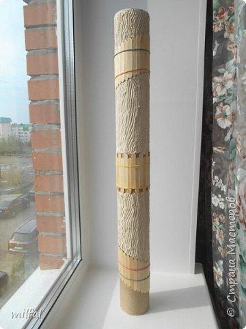 Ваза в стиле этно из бросового материала. Использовала картонную трубу,палочки для мороженного,арбузные и сливовые косточки,шпаклёвку ,клей,лак. фото 3