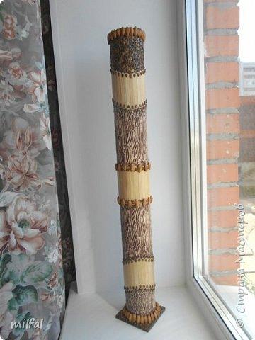 Ваза в стиле этно из бросового материала. Использовала картонную трубу,палочки для мороженного,арбузные и сливовые косточки,шпаклёвку ,клей,лак. фото 6