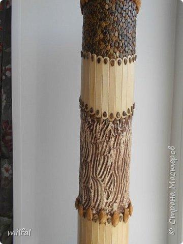 Ваза в стиле этно из бросового материала. Использовала картонную трубу,палочки для мороженного,арбузные и сливовые косточки,шпаклёвку ,клей,лак. фото 5