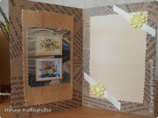 Три открытки на основе акварельной бумаги, обоев, крафт бумаги. Украшена перьями павлина, искусствен. цветком(середина из кусочка пробки). фото 5