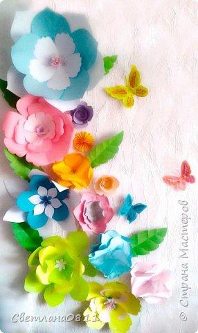 Большие бумажные цветы для украшения стены