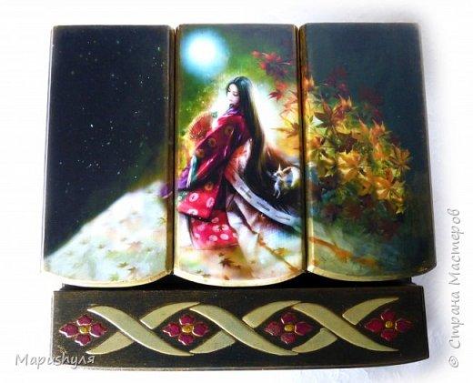 """Здравствуйте!  Покажу сегодня две шкатулки. Когда получила заготовки, почему-то сразу захотелось сделать их в японском стиле.Веера, сакура, иероглифы , фонарики.... Очень долго подбирала картинки и ,наконец, остановилась на картинках японского художника Shu Mizoguchi.   Первую назвала """"Гейша"""". фото 25"""