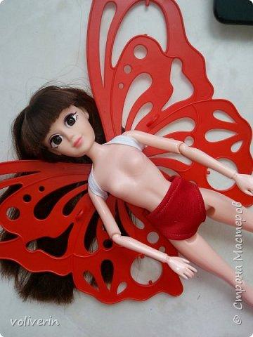 """Здравствуйте, это заключительная """"на пока"""" часть гардероба для моей куклы, кстати он подходит и Барби, мы мерили на Барби супер движения  фото 3"""
