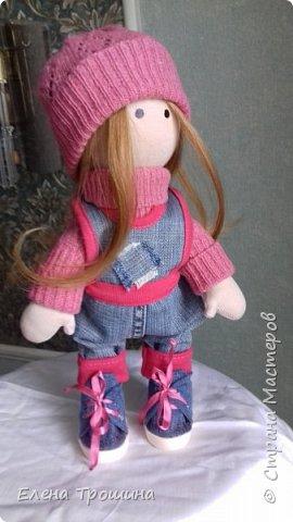 Это моя первая кукла Варвара. Она получилась очень взрослая и серьезная. Пробовала менять положение глаз, лучше не становилось. фото 2