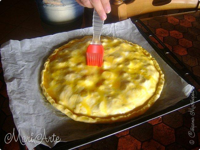 Здравствуйте всем, кто заглянул в гости!!  Хочу предложить вам быстрый рецепт пирога из слоёного теста, с грибами и ветчиной фото 19