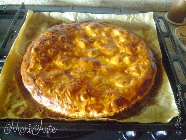 Здравствуйте всем, кто заглянул в гости!!  Хочу предложить вам быстрый рецепт пирога из слоёного теста, с грибами и ветчиной фото 21