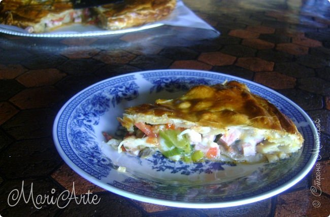 Здравствуйте всем, кто заглянул в гости!!  Хочу предложить вам быстрый рецепт пирога из слоёного теста, с грибами и ветчиной фото 26
