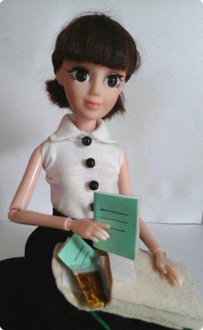 """Доброе время суток! Сегодня я сдаю работу на конкурс """" Школьные деньки"""" Её представляет Алиса. Она переходит в этом году в 8 класс. http://stranamasterov.ru/node/1042660 фото 20"""
