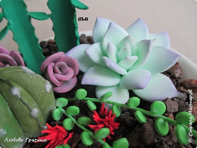 Суккуленты и кактусы из фома фото 6
