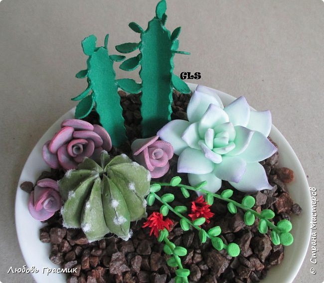 Суккуленты и кактусы из фома фото 1