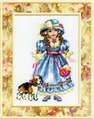 Эту милую куколку вышивала давненько уже, в подарок младшей племяшке. Фотография осталась, решила вам, дорогие мои показать.
