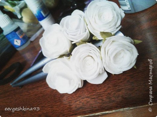 Заколка-автомат с розами из фоамирана фото 12