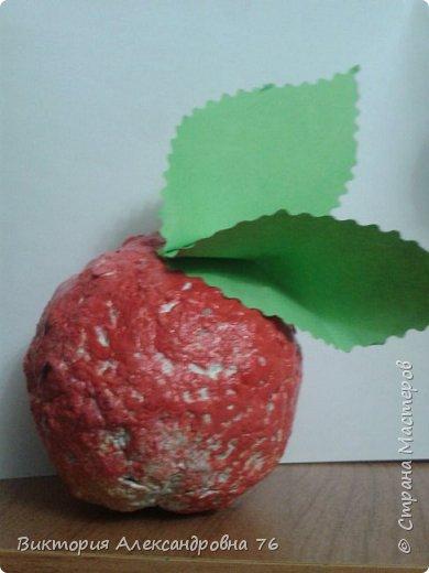 Персик - символ долголетия. Дети сделали его в подарок мамам и папам. фото 1