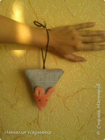 Эта мини-косметичка была задумана, как упаковка для подарочка для чудесной девушки по прозвищу Мышь. фото 7