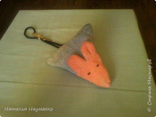 Эта мини-косметичка была задумана, как упаковка для подарочка для чудесной девушки по прозвищу Мышь. фото 6
