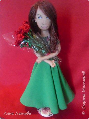Кукла-это подарок на юбилей для сестры мужа. Все были в восторге.Выкройку взяла из интернета. Набивка-синтепон. Роспись-акриловые краски. Ростом около 25 см. фото 6