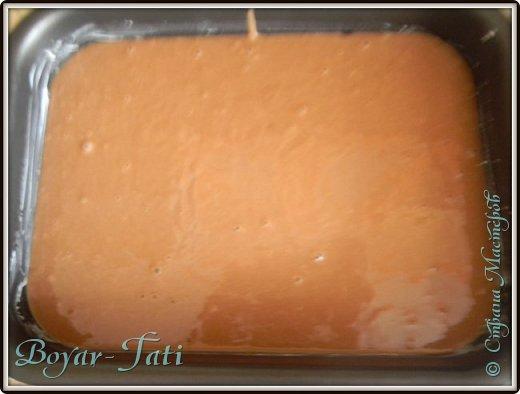 На просторах интернета нашла очень простой рецепт шоколадного пирога,решила непременно попробовать. Получился вкусный и очень шоколадный пирог к чаю)  Ингредиенты: 1,5 ст. муки  3 ст. л. какао  1 ст. сахара (я взяла пол стакана) 1 ч. л. разрыхлителя  0,5 ч. л. соли  1 ч. л. уксуса  1 пакетик ванилина  5 ст. л. растительного масла  1 ст. воды  фото 4