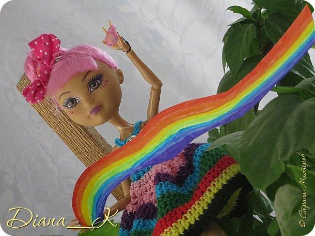 Сегодня я расскажу вам историю. Историю о одной девочке, про существование которой вы и не догадывались... Это-Радужная Девочка. Да-да, именно та, которая создает радугу. Хотите знать как? фото 3