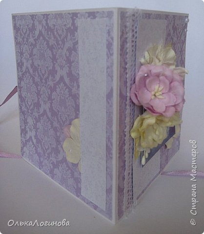 """Доброго дня страна!!!Нежданно,негадано получилась у меня такая вот открытка-конверт для диска))приглашаю посмотреть!Основа акварельная бумага,бумага для скрапбукинга от  Fleur Design коллекция """"Романтика"""",лист """"Тиснение Орхидея"""",""""Шебби Шик.Базовая"""" лист """"Сияющая орхидея"""",цветы-магнолии,гортензии,лилии,листики,тычинки,полубусины и немного кружева,картинка и светлый слой приподняты на пивной картон. фото 2"""
