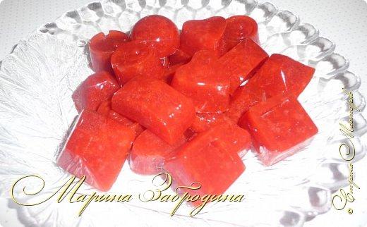 Здравствуйте, пишу Вам один очень простой, вкусный и сладкий рецепт - домашний мармелад из агар-агара. Готовится очень быстро. Для его приготовления я возьму клубнику, но теоретически можно выбрать любое ягодное пюре или фруктовый сок. фото 14