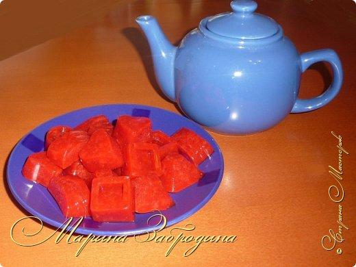 Здравствуйте, пишу Вам один очень простой, вкусный и сладкий рецепт - домашний мармелад из агар-агара. Готовится очень быстро. Для его приготовления я возьму клубнику, но теоретически можно выбрать любое ягодное пюре или фруктовый сок. фото 15
