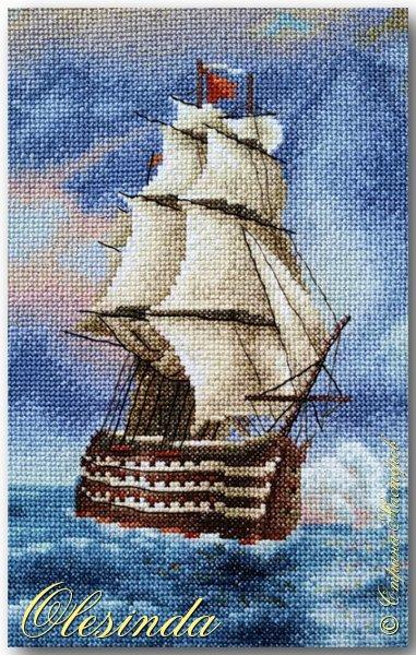 Здравствуйте! Сегодня хочу показать вам вышитую мной картину размером 37х31 см под названием «Бриг «Меркурий» атакованный двумя турецкими суднами» по мотивам одноименной картины И.К. Айвазовского, написанной художником в 1892 году. Это был готовый набор для вышивания фирмы «ПАННА».  События, изображённые на картине, произошли 14 мая 1829 года, когда бриг «Меркурий» под командованием капитан-лейтенанта А. И. Казарского из-за слабого ветра не смог уйти от погони и был настигнут двумя самыми крупными и быстроходными кораблями в турецкой эскадре. На одном из турецких кораблей находился адмирал (капудан-паша) турецкого флота и российский бриг был вынужден вступить в бой, имея на борту 18 орудий против 200 орудий противника. фото 2