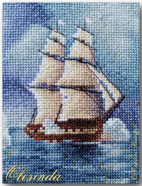 Здравствуйте! Сегодня хочу показать вам вышитую мной картину размером 37х31 см под названием «Бриг «Меркурий» атакованный двумя турецкими суднами» по мотивам одноименной картины И.К. Айвазовского, написанной художником в 1892 году. Это был готовый набор для вышивания фирмы «ПАННА».  События, изображённые на картине, произошли 14 мая 1829 года, когда бриг «Меркурий» под командованием капитан-лейтенанта А. И. Казарского из-за слабого ветра не смог уйти от погони и был настигнут двумя самыми крупными и быстроходными кораблями в турецкой эскадре. На одном из турецких кораблей находился адмирал (капудан-паша) турецкого флота и российский бриг был вынужден вступить в бой, имея на борту 18 орудий против 200 орудий противника. фото 4
