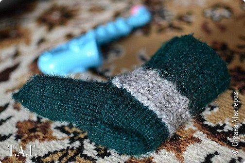 Что подарить малышу? У меня нет сомнения- носочки, связанные своими руками.  Приводя в систему снимки, наткнулась на несколько фото носочков. Создавались они в разное время и в разные годы. фото 15