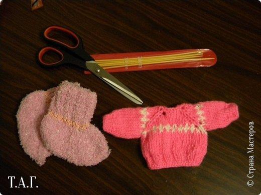 Что подарить малышу? У меня нет сомнения- носочки, связанные своими руками.  Приводя в систему снимки, наткнулась на несколько фото носочков. Создавались они в разное время и в разные годы. фото 14