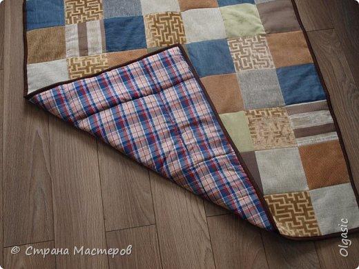 Еще одна вещь, сшитая для себя) Из кусочков ткани, как для обшивки мебели + джинса. Внутри синтепон. фото 1
