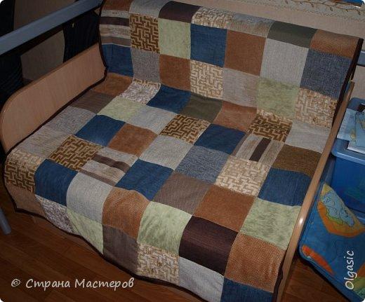 Еще одна вещь, сшитая для себя) Из кусочков ткани, как для обшивки мебели + джинса. Внутри синтепон. фото 3