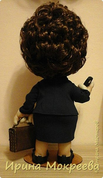 Хочу представить на суд жителей страны свою новую куклу- солидную даму руководителя. фото 7