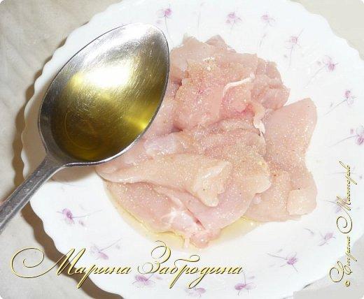 Здравствуйте, сегодня пишу рецепт вкусных куриных шашлычков в паприке на сковороде. Отличная идея для домашнего ужина или обеда. Блюдо очень простое в приготовлении, а результат отличный. Мясо нежное, и вкусное.  фото 3