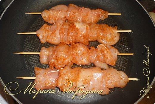 Здравствуйте, сегодня пишу рецепт вкусных куриных шашлычков в паприке на сковороде. Отличная идея для домашнего ужина или обеда. Блюдо очень простое в приготовлении, а результат отличный. Мясо нежное, и вкусное.  фото 6