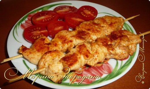 Здравствуйте, сегодня пишу рецепт вкусных куриных шашлычков в паприке на сковороде. Отличная идея для домашнего ужина или обеда. Блюдо очень простое в приготовлении, а результат отличный. Мясо нежное, и вкусное.  фото 11