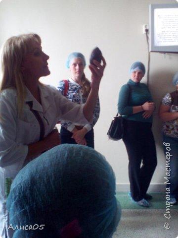 """Здравствуйте! Сегодня я сразу после 1 сентября побывала на экскурсии на фабрике """"Шоколадное дерево"""" в Бердске. Я хочу показать и рассказать, как провела там время. Фотографий мало, так как во многих местах было запрещено фотографировать. Но я постараюсь,чтобы вам всё было понятно. фото 3"""